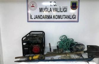 Yatağan'da Kaçak Kazı İçin Tünel Kazmışlar