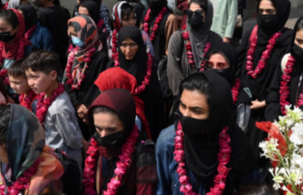 Afganistan Kadın Futbol Takımı, Pakistan'a Ulaştı