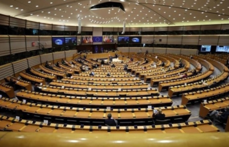 AP'den 5 Milyar Euro'luk Brexit Fonuna Onay!