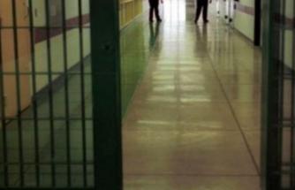 Cezaevine Yerleştirilen 'Kamerayı' İhbar Edince Sürüldü!