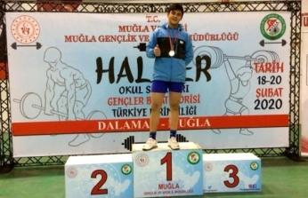 Talha Kabadayı Türkiye Şampiyonu