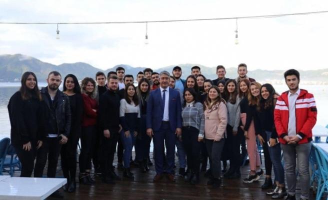 Başkan Oktay Öğrencilere Yurt Müjdesi Verdi