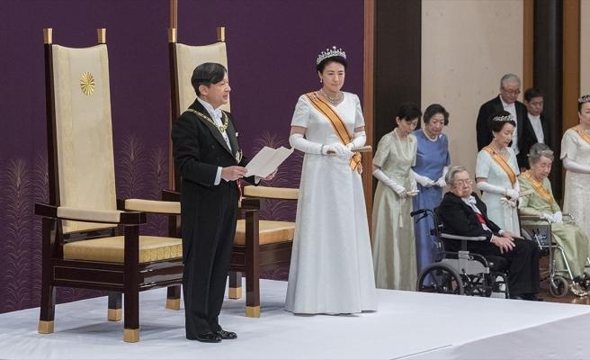JAPONYA'DA YENİ İMPARATOR TAHTA ÇIKTI