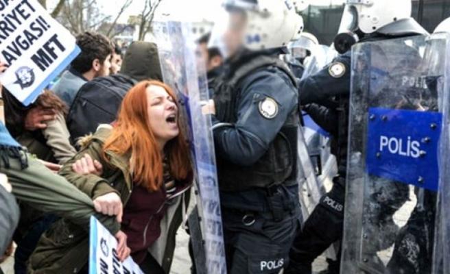 İstanbul Üniversitesi'nde Öğrenci Döven Polis Hakkında Karar!