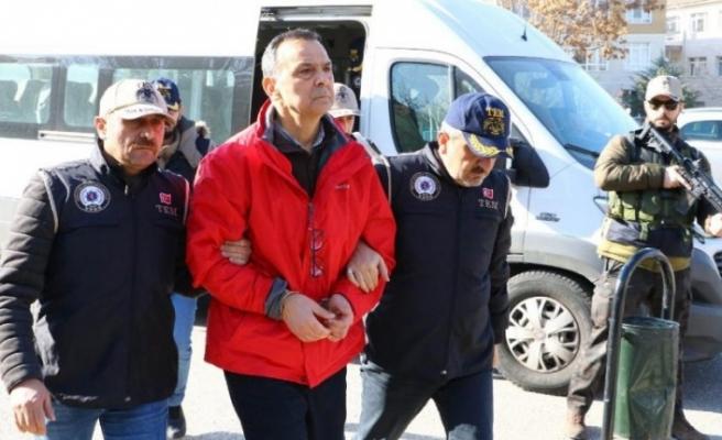 TFF Başkanı Nihat Özdemir'in Oğlu ve Gelinine FETÖ'den Gözaltı!