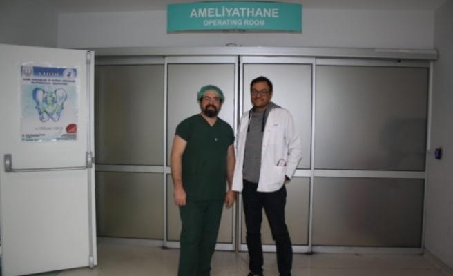 Muğla Sıtkı Koçman Üniversite Hastanesi Doktorlarından Büyük Başarı