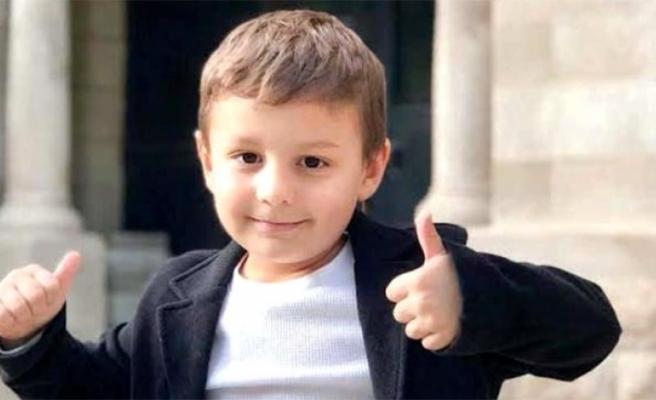 5 Yaşındaki Eren, ABD'deki Üstün Zekalılar Okuluna Tam Burslu Girdi