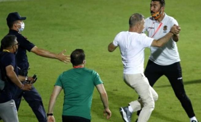 Aytemiz Alanyaspor-Trabzonspor Maçı Sonunda Protokolde Arbede!