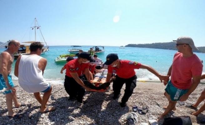 Denize Düşen Paraşüt Pilotu Ağır Yaralandı!