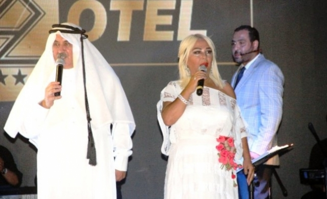 Safiye Faik İkilisi Muğla'da Tatilcileri Gülme Krizine Soktu