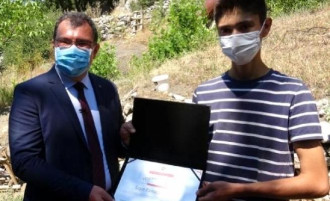 TÜBİTAK Başkanı Mandal, Köyceğizli Genç Mucidi Ziyaret Etti