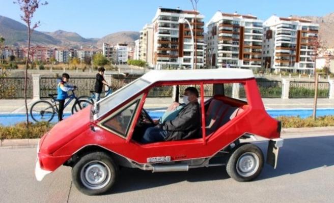 Türkiye'de Otomobil Almak Hayal! 1975 Model Anadol'a 230 Bin TL Fiyat Biçti