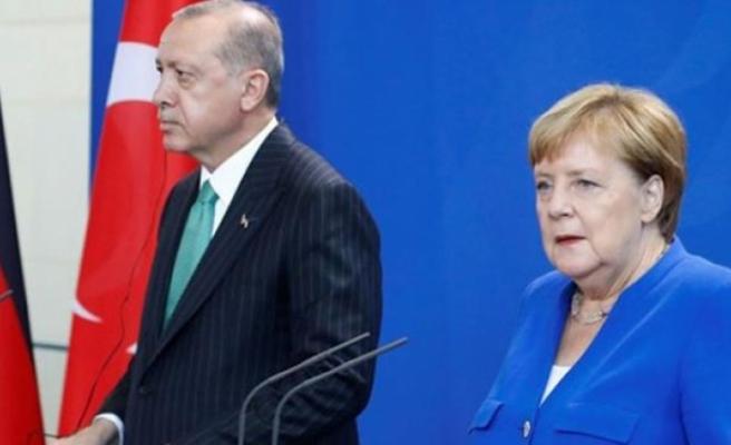 Almanya'nın AB Zirvesinde Türkiye Yaptırımlarına Karşı Çıkması İstifa Getirdi