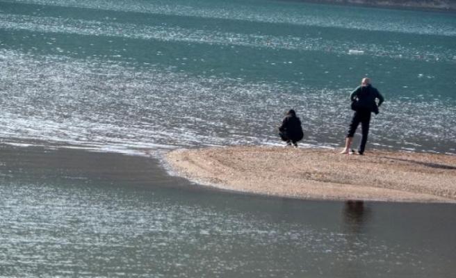 Marmaris'te Dünyaca Ünlü Kızkumu Plajı Hafta Sonu İki Arkadaşa Kaldı