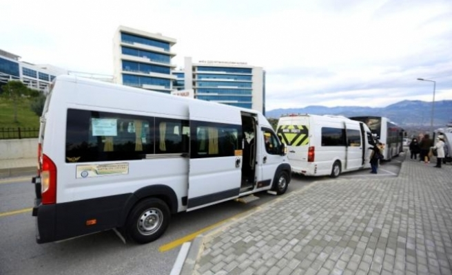 Muğla'da S Plakalı Araçlar İle Sağlık Çalışanları Ücretsiz Taşınıyor
