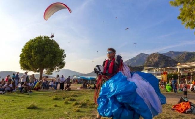 Belgesi Olmayan Pilot Babadağ'dan Uçuş Yapamayacak