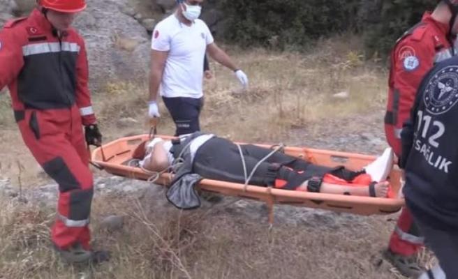 Bodrum'da, Doğa Yürüyüşünde Bacağı Kırılan Kadını İtfaiye ve Sağlık Ekipleri Kurtardı