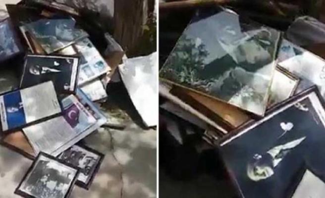 Denizli'de Bir Okulun Çöpünden Atatürk Posteri ve İstiklal Marşı Tablosu Çıktı