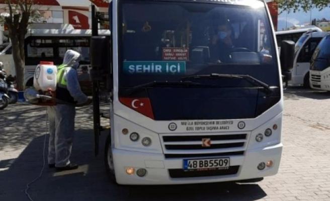 Muğla Büyükşehir'in Milas'ta Dezenfekte Çalışmaları Devam Ediyor