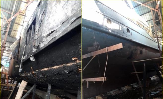 Fethiye'deki Tersanede Çıkan Yangında İki Tekne Zarar Gördü
