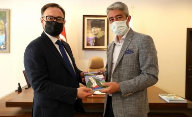 Marmaris Belediye Başkanı Oktay ve Ukrayna Antalya Konsolosu Rustamov'dan İşbirliği