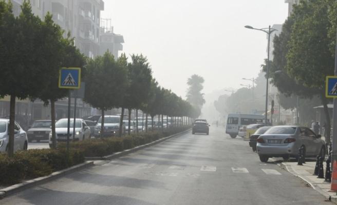 Dalaman'da, Kağıt Fabrikasındaki Yangın Ortaca'yı Duman Altında Bıraktı