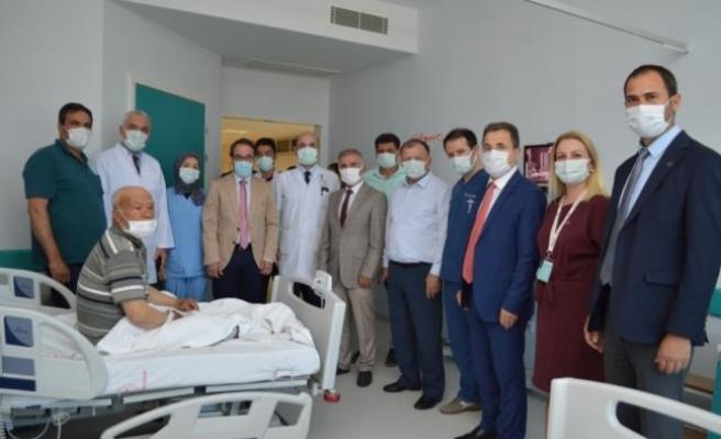 Muğla'da, Katarakt Ameliyatı Sonrası Görme Kaybı Yaşayan Hastaya Kadavradan Kornea Nakledildi
