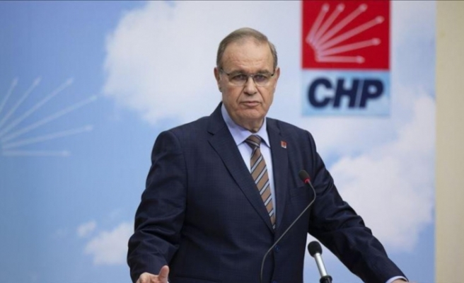 CHP'li Öztrak: Kendisini cümle aleme rezil etti, ülkemizi de mahcup etti