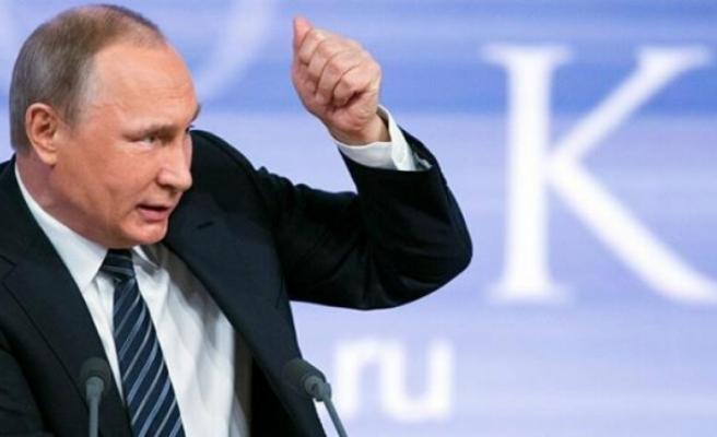 """Putin'den, Batı'nın Afgan Mülteci Planına Sert Tepki: """"Aşağılayıcı"""""""