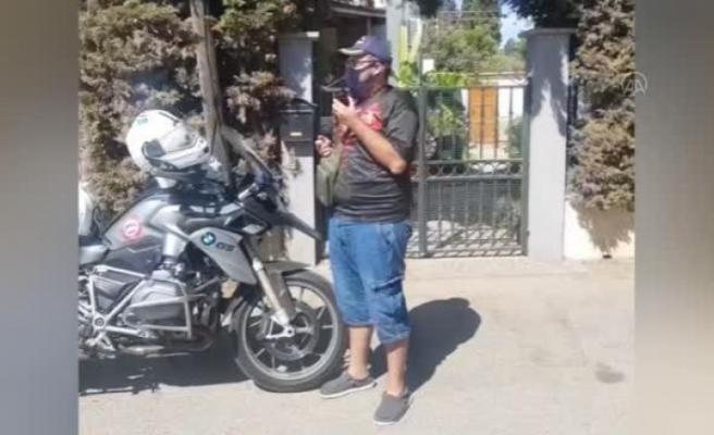 Bodrum'da Polisler,  Zihinsel Engelli Gence Doğum Günü Sürprizi Yaptı