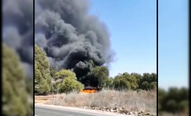 Marmaris'teki İş Yeri Deposu Yangını Ormana Sıçramadan Söndürüldü