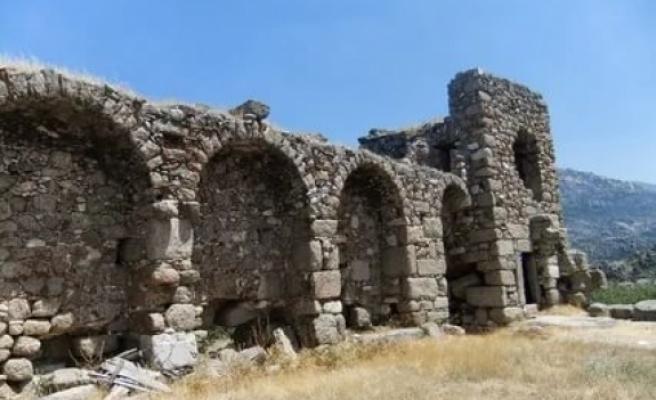 Muğla'daki Herakleia Antik Kenti'nde Kazı ve Temizlik Çalışması Başlatıldı