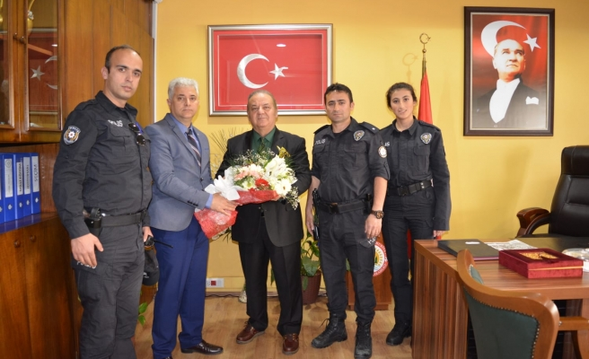 KAYMAKAM POLİSLERİ KABUL ETTİ