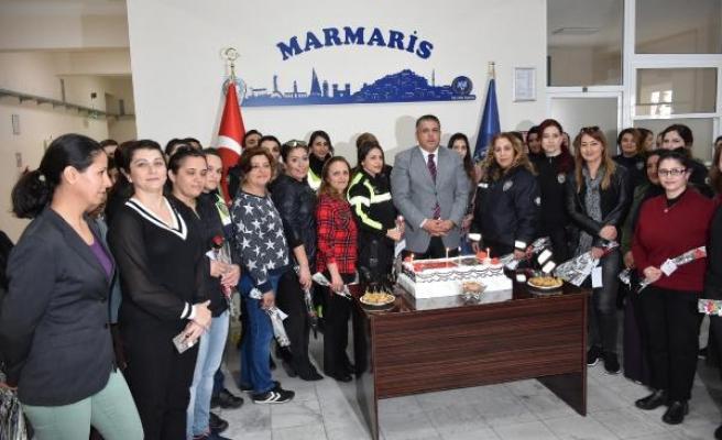 MARMARİS EMNİYET MÜDÜRÜ'NDEN KADIN POLİSLERE PASTALI KUTLAMA