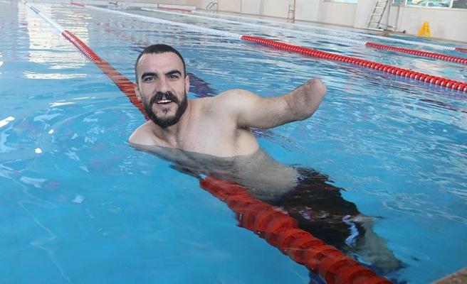 Engelli yüzücünün hedefi milli forma