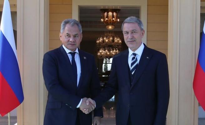 Milli Savunma Bakanı Akar ile Rus mevkidaşı Suriye'yi görüştü