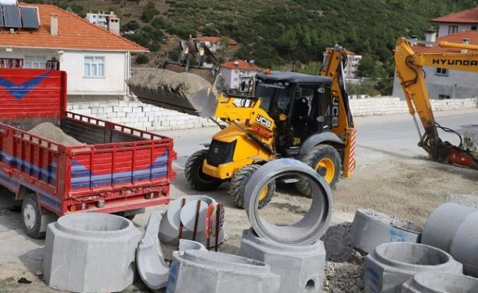 2 Bin Metre Kanalizasyon Hattı Döşendi