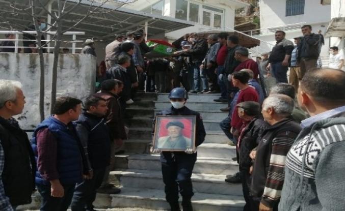 Kore Gazisinin Cenaze Töreni Korona Nedeniyle Sessiz Yapıldı