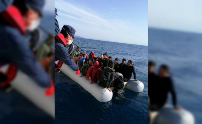 Türk Kara Sularına Geri İtilen 38 Sığınmacı Muğla'da Kurtarıldı