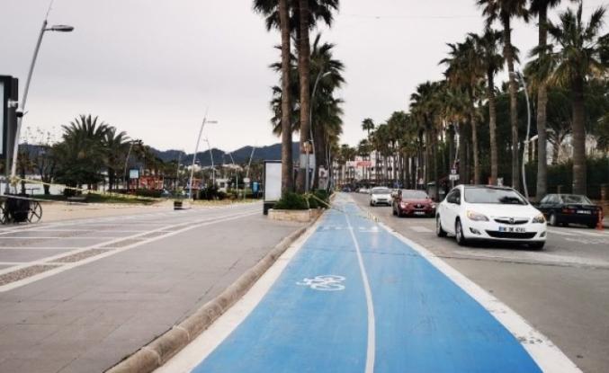 Yürüyüş Bisiklete Binme Koşu Fotoğraf Çekmek Spor Yapmak Yasaklandı