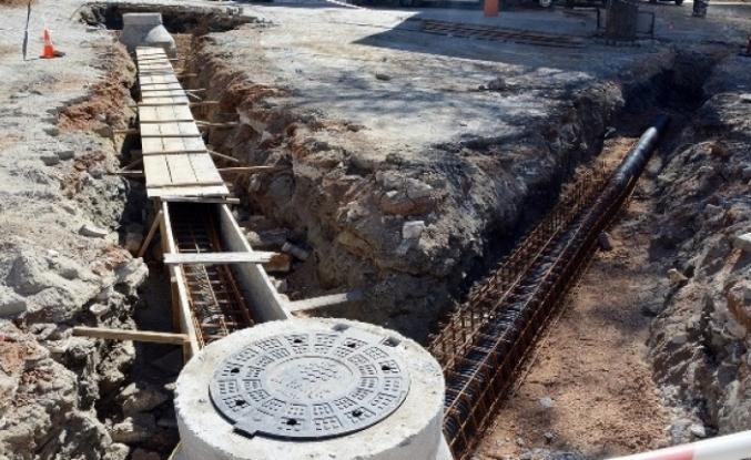 Kavaklıdere'de 7 Bin 500 Metre Kanalizasyon Hattı Döşendi