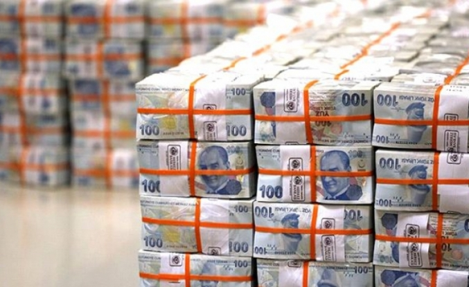 Eximbank'tan İhracatçılara 380 Milyon Euroluk 10 Yıl Vadeli Yeni Destek