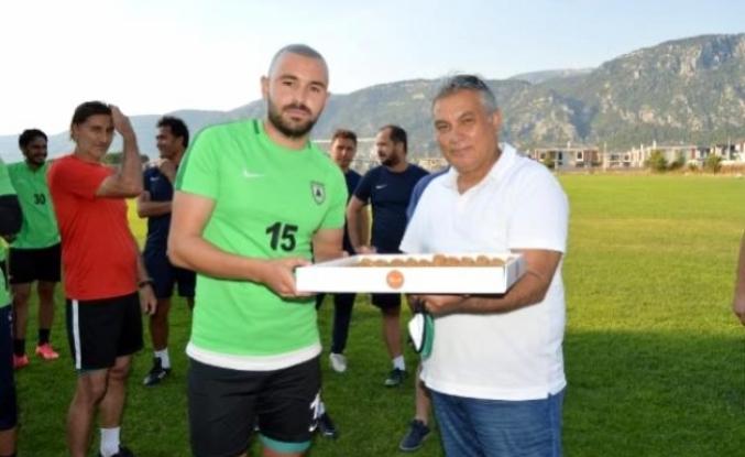 Muğlaspor Yönetiminden Futbolculara Destek Ziyareti