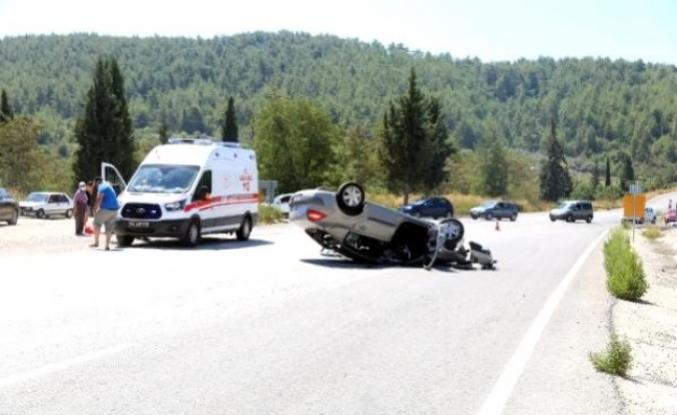 Milas-Yatağan Otoyolunda Bir Otomobilin Freni Patladı: 5 Yaralı!