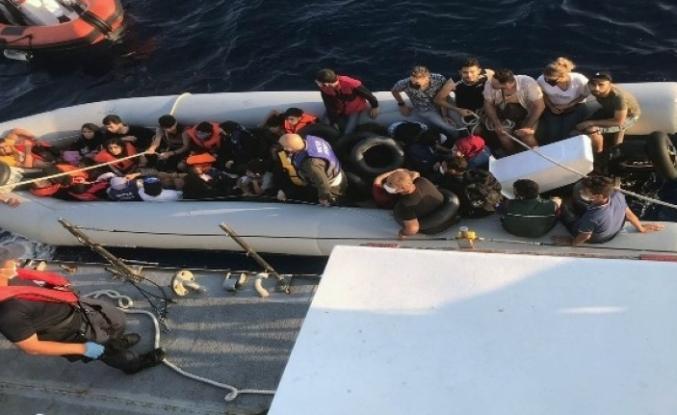 Yunan Sahil Güvenliği Sığınmacıları Ölüme Terk Etti
