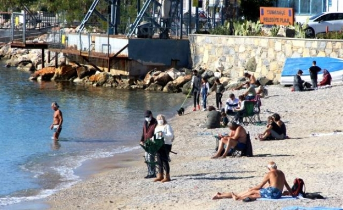 Türkiye'nin Yüksek Kesimlerinde Kara Kış, Bodrum'da Deniz Keyfi