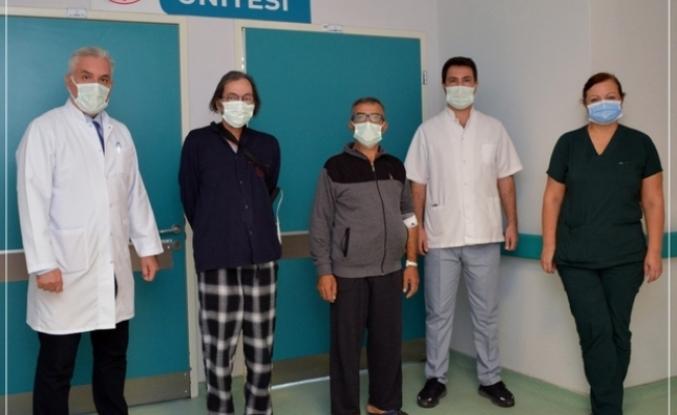 MSKÜ Eğitim Araştırma Hastanesi'nde Tedavi Gören Felçli İki Hasta Sağlığına Kavuştu