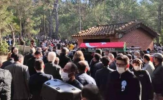 Ula Belediye Başkanı İsmail Akkaya'nın Naaşı Toprağa Verildi