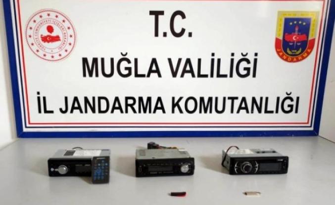 Köyceğiz'de Otomobil Hırsızları Yakalandı