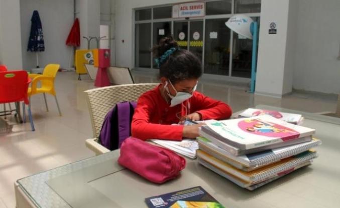 Milas Devlet Hastanesi, Yörük Kızı Cennet'in Okulu Oldu
